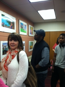 The lovely Gigi Amateau and library patrons enjoying the show
