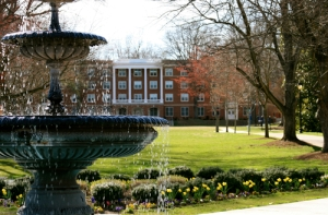 Campus - Fountains - 0013