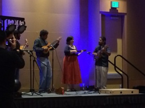 Folkloric music from Mexico at the dessert reception.